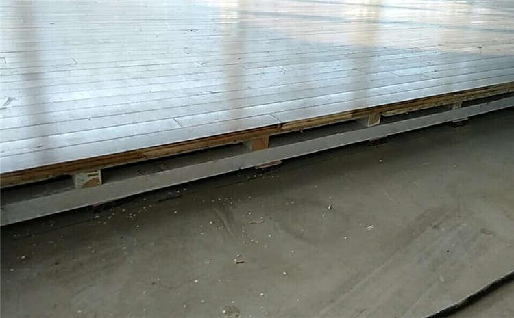 天津专业体育场地板价格及图片