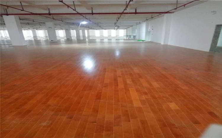 常用的舞蹈室木地板结构