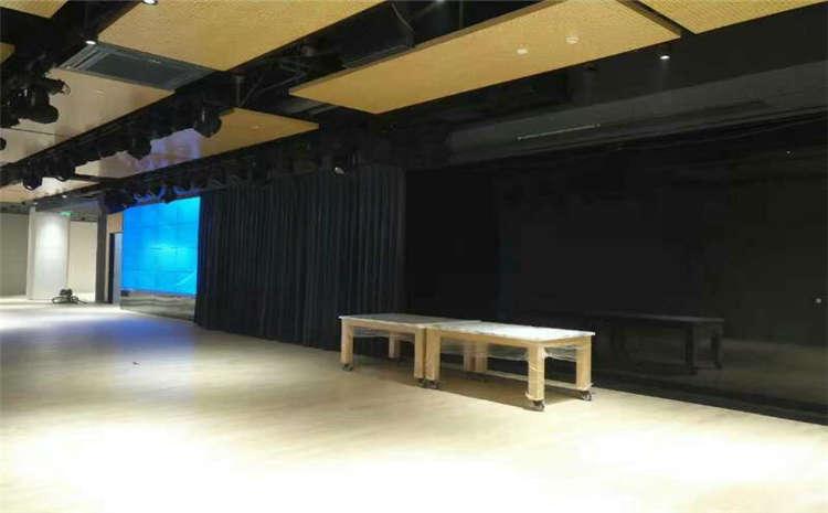 乌鲁木齐枫木体育木地板翻新