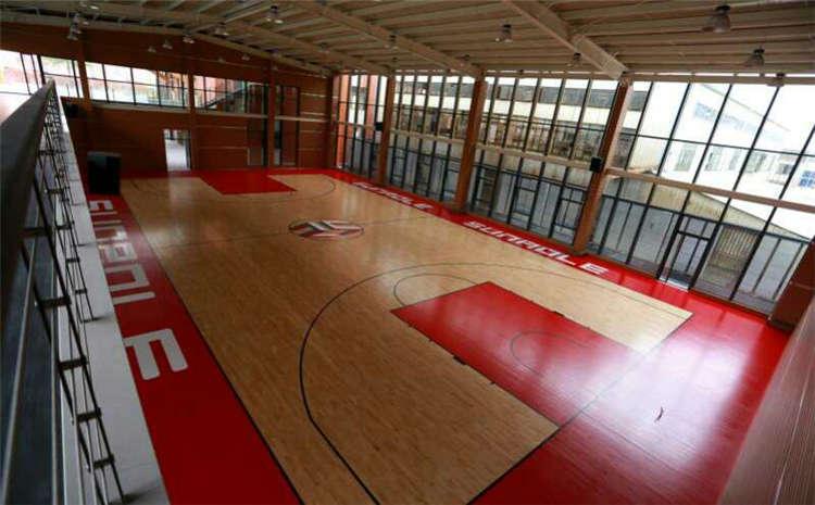 学校篮球馆地板什么牌子好