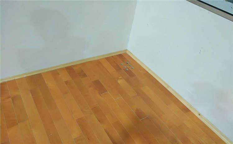 室内体育场馆木地板怎么维修