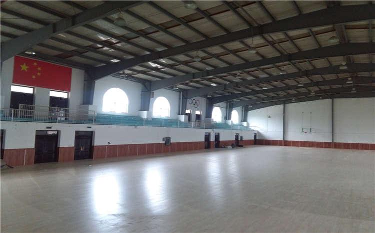 柞木体育运动地板图片
