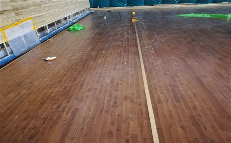 四川柞木体育场地板都有哪些品牌