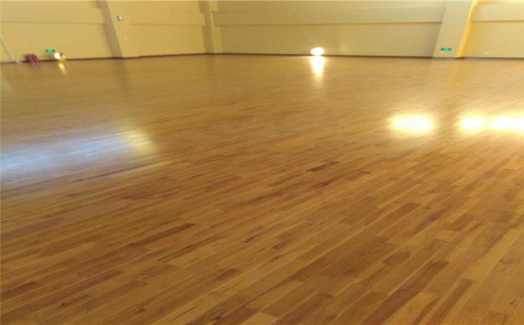 陕西枫桦木实木运动地板品牌电话